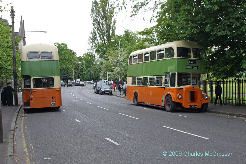 Vintage buses at South Side festival