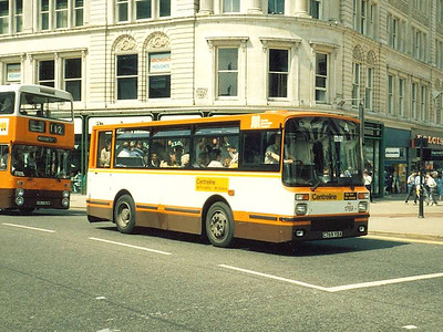 20 Dennis Dominos with Northern Counties bodywork were received in 1985-6 for the Centreline route in Manchester. One of these, 1769 (C769YBA), is seen in Piccadilly, 14th June 1986