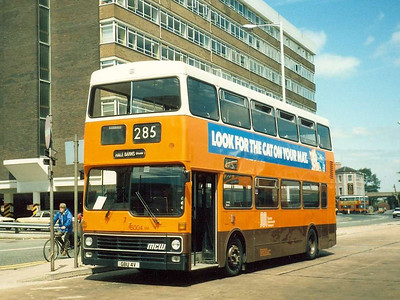 MCW Metrobus 5004 (GBU4V) in Altrincham Bus Station, 18th June 1986