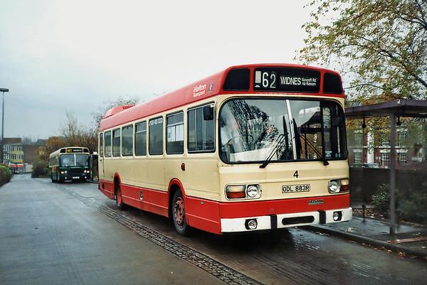 4 ODL883R, Runcorn 10/11/1990
