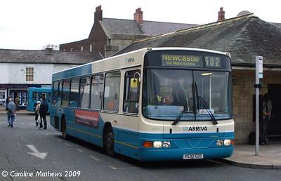 Arriva 4524 (V530GDS), Hexham, 6th November 2009