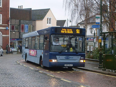 Metrobus 204 (SN03WLE), Horsham, 30th December 2009