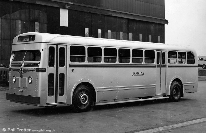 New Royal Tiger with MCW Apollo bodywork. A batch of 22 of these with B44+40D seating was delivered in 1953, carrying fleet numbers C1-C22. Later renumbered O1-O32.