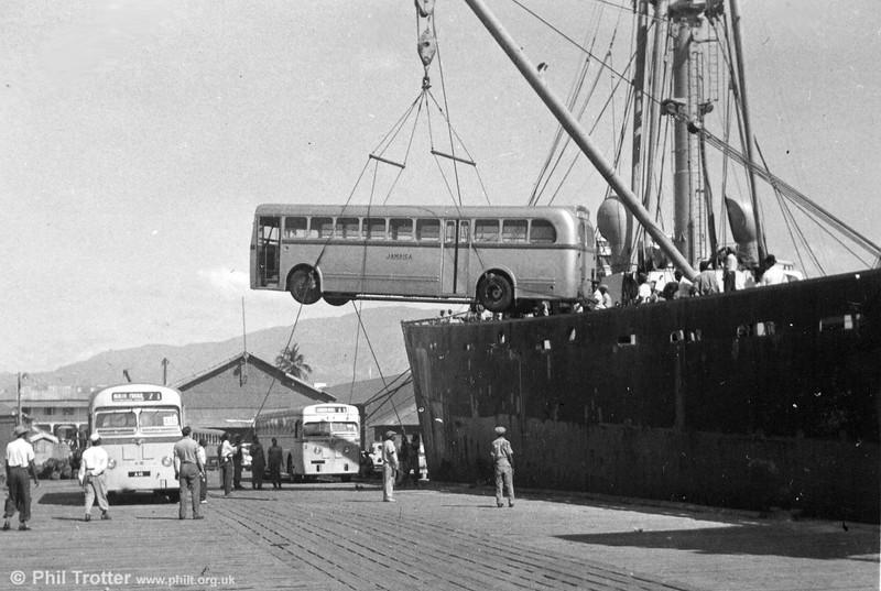 Unloading buses at Kingston (4).
