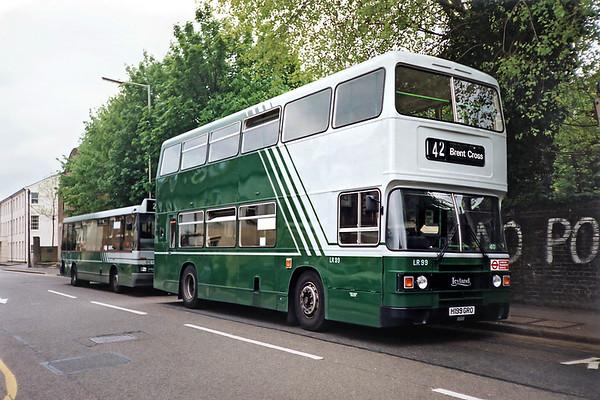 LR99 H199GRO, Watford Junction 15/5/1991