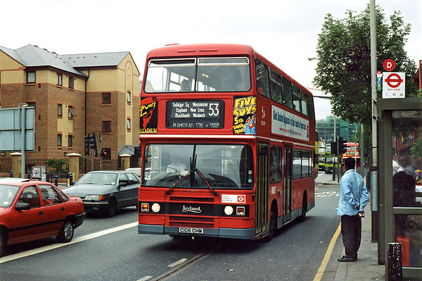 L106 C106CHM, Elephant and Castle 24/6/1995