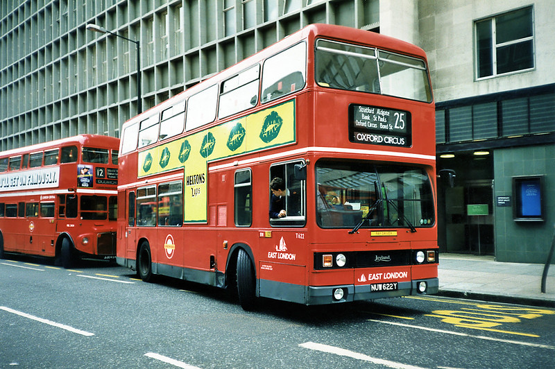 T622 NUW622Y, Oxford Circus 16/5/1991