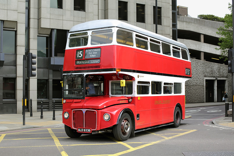 RM1933 ALD933B, Tower Hill 22/5/2015