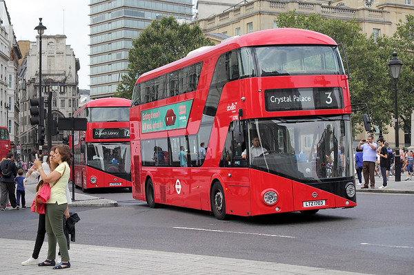 LT703 LTZ1703, Trafalgar Square 18/8/2016