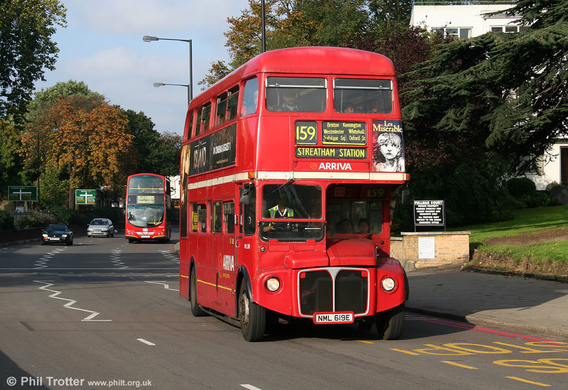RML2619 (NML 619E) at Streatham Hill on 29th October 2005.