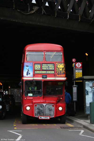 RML892 (WLT 892) under Waterloo Station at Lower Marsh on 5th November 2005.
