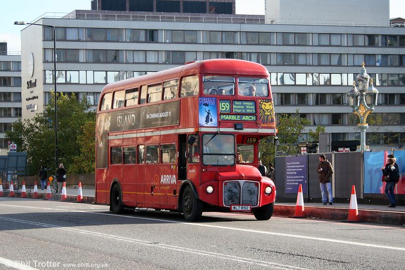 RML892 (WLT 892) on Westminster Bridge on 5th November 2005.