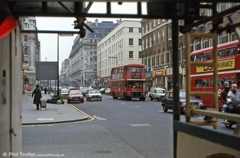 An unidentified RM in Baker Street in March 1984.