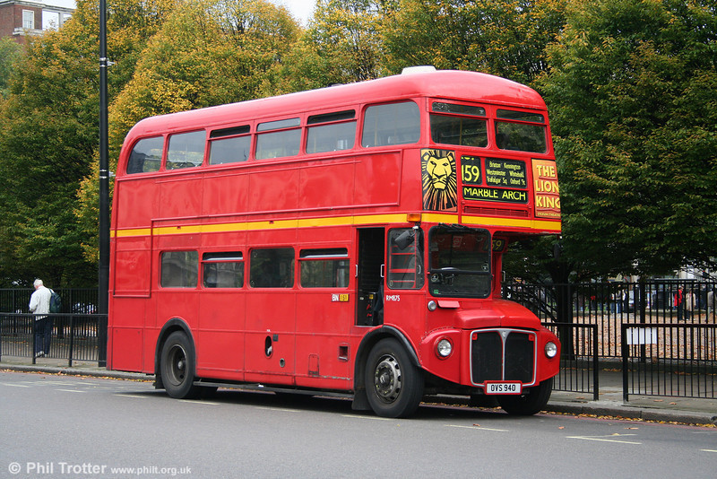 RM875, now reregistered OVS 940, taking some layover time at Marble Arch. The bus had been sold to Kelvin Scottish in 1986, later passing to Stagecoach Cumberland where it was reregistered from WLT 875 in 1992. It was brought back to London in 2000, becoming one of the Marshall rebuilds with a Cummins engine, Allisson gearbox, Voith retarder and refurbished bodywork, remaining in service until 2005.