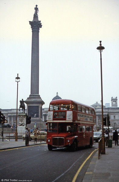 Another unidentified RM leaves Trafalgar Square in March 1984.