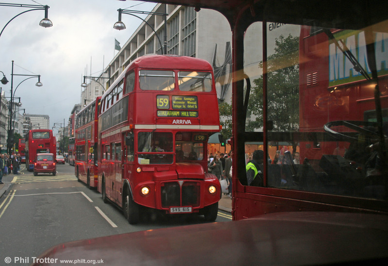 RM346 (SVS 615) in Oxford Street on 29th October 2005.