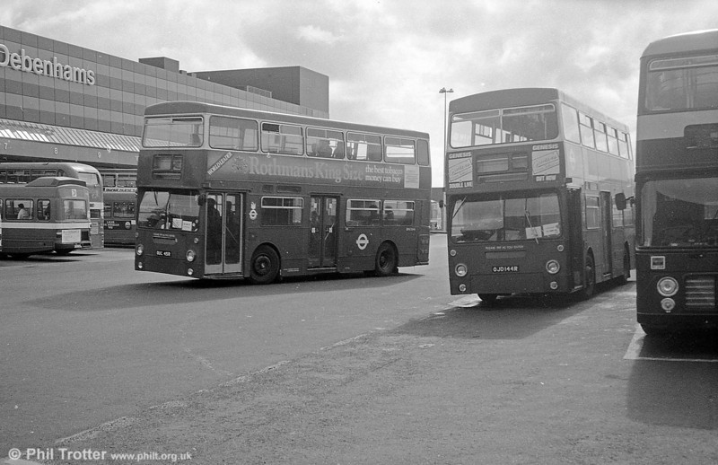 DMS2045 (OUC 45R) and DMS2144 (OJD 144R)seen on loan to South Wales Transport, Swansea in September 1982.
