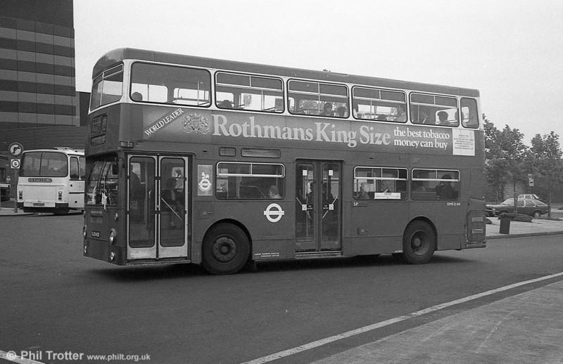 DMS2140 (OJD 140R) at the Quadrant Bus Station, Swansea in September 1982.