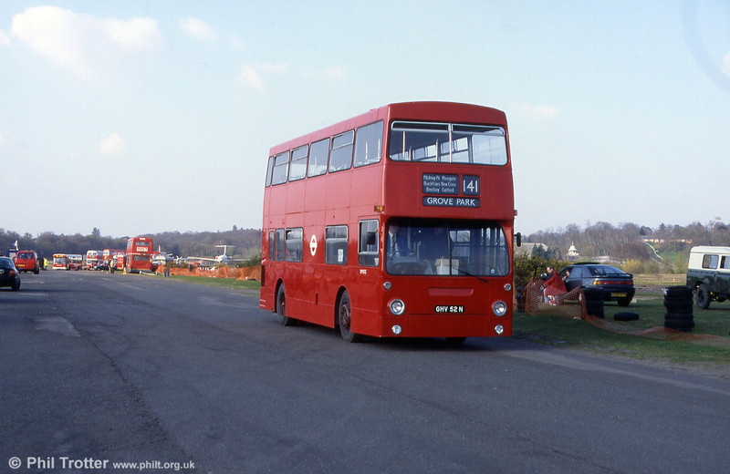 LT Daimler Fleetline/MCW DM1052 (GHV 52N) at Cobham in 2000.