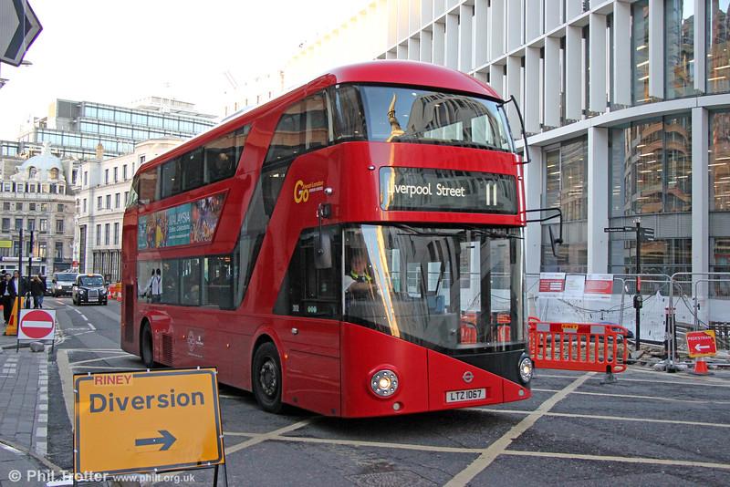 'Borismaster' LT67 (LTZ 1067) at Ludgate Hill on 12th November 2014.