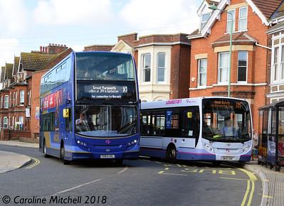 First 33821 (YK63LKL) and 44512 (DK57SXF), Gordon Street, Lowestoft, 28th September 2018