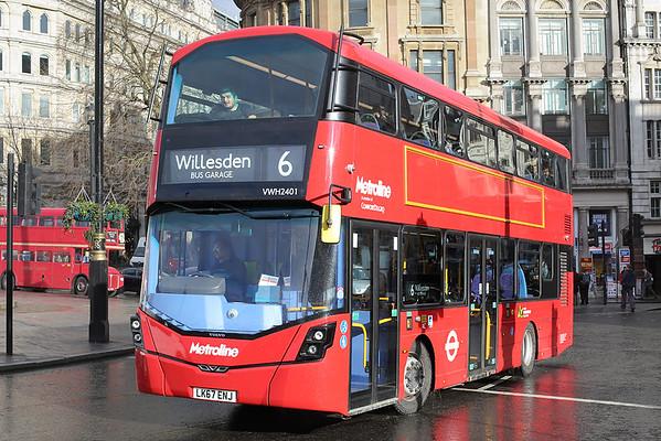 VWH2401 LK67ENJ, Trafalgar Square 6/3/2018