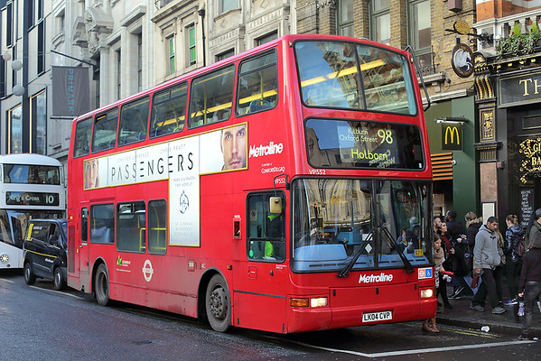 VP552 LK04CVP, Oxford Street 13/12/2016