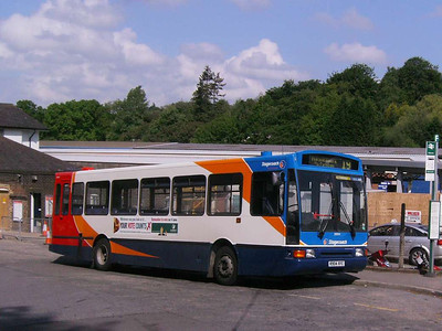Stagecoach 20004 (R904XFC), Haslemere Station, 29th May 2009