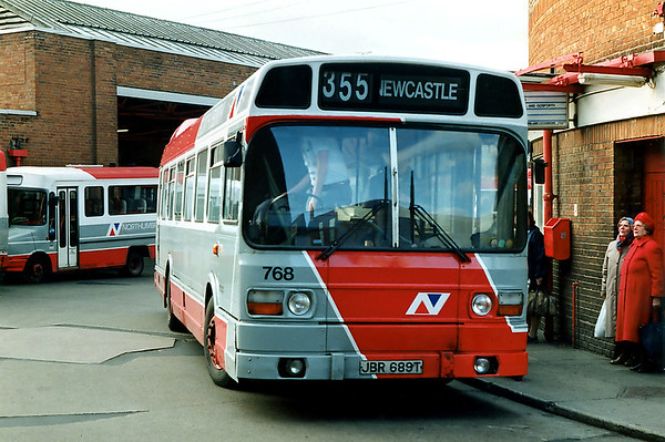 768 JBR689T, Whitley Bay 21/3/1992