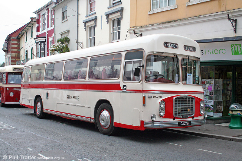 Red & White RC968 (OAX 9F), a Bristol RELH6L/ECW C47F restored to original livery and photographed in Abergavenny on 4th May 2009.