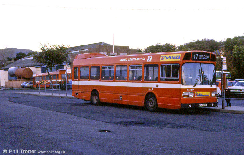 Leyland National/B44F NS1457 (KDW 323P). The bus is seen at Abergavenny and shows the 'Beaconsedge' branding for Brecon area services.