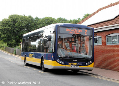 Konectbus 412 (YJ09MHY), Sheringham, 14th June 2014