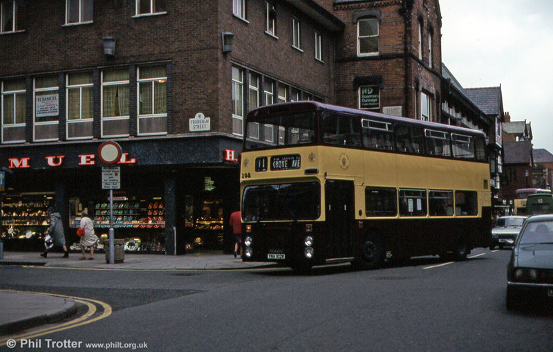 102 (YMA 102W) was a 1981 Dennis Dominator/Northern Counties H43/29F.