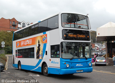 Ulsterbus 2877 (EEZ 2877), Derry/Londonderry Station, 22nd October 2014