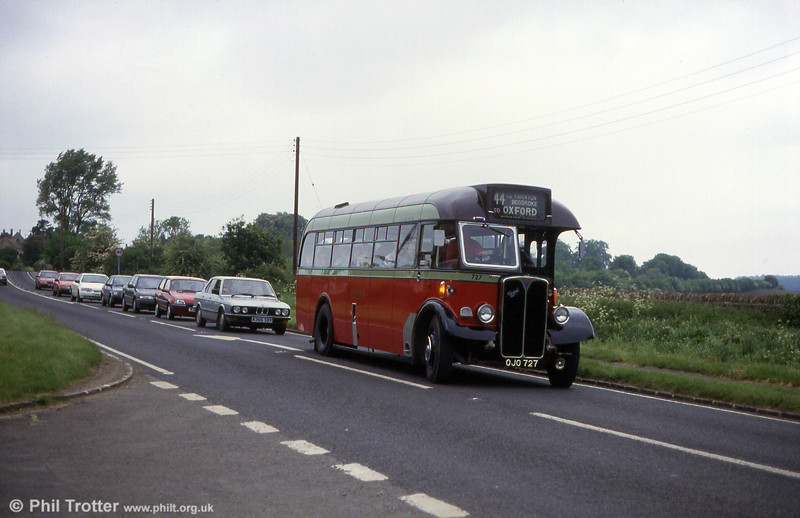 Oxford AEC Regal III/Willowbrook B32F 727 (OJO 727) in action near the Oxford Bus Museum in 1993.