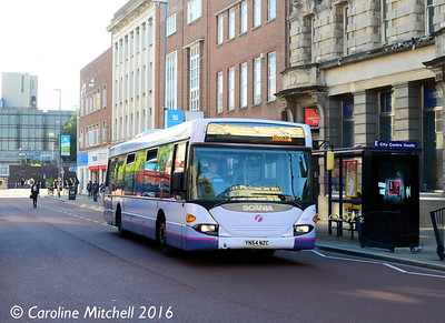 First 65007 (YN54NZC), Commercial Road, Portsmouth, 5th October 2016