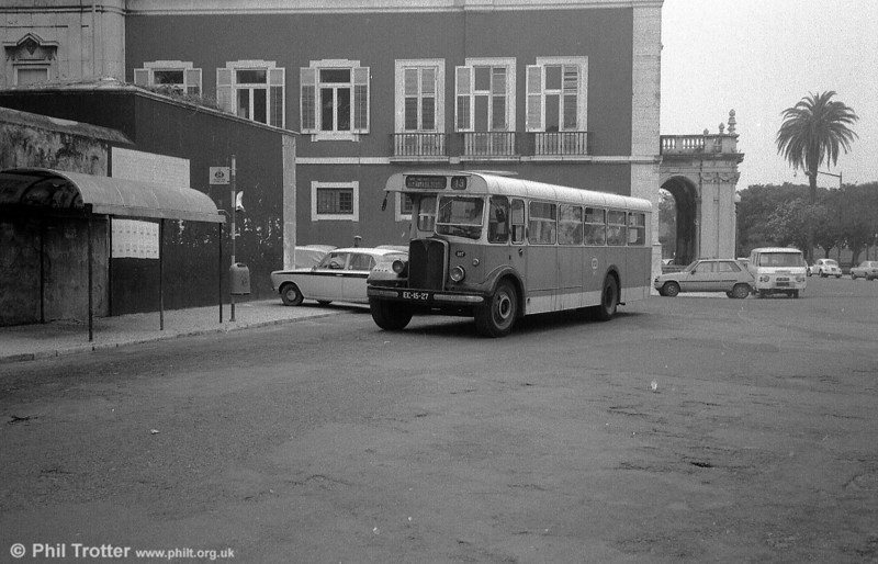 AEC Regal III 107 (EE-15-27), another modernised rebuild but originally dating from 1948, on its regular haunt of service 13.