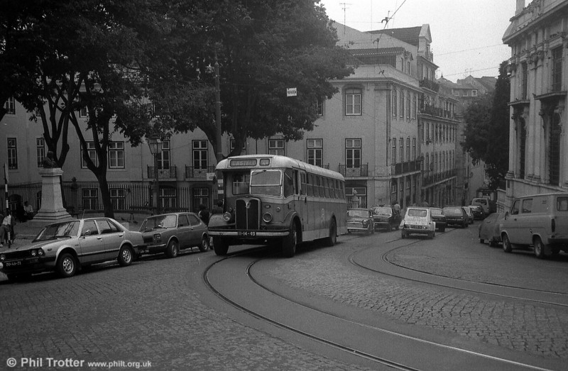 Lisbon 141 (II-14-49) climbs through the Alfama district. This was one of the earliest series of the type supplied to Lisbon and was rebodied in 1969.