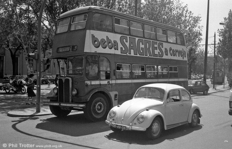 Two transport classics! A VW Beetle accompanies former 237 (BE-19-51), an AEC Regent III training bus.