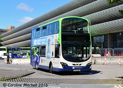 Preston Bus 40622 (PF13XAC), Preston Bus Station, 27th July 2016