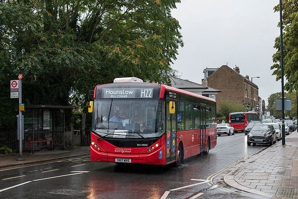 DLE30056 SN17MVE, Twickenham 24/8/2020