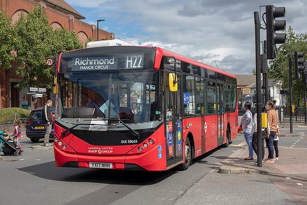 DLE30043 YX17NHH, Hounslow 24/8/2020
