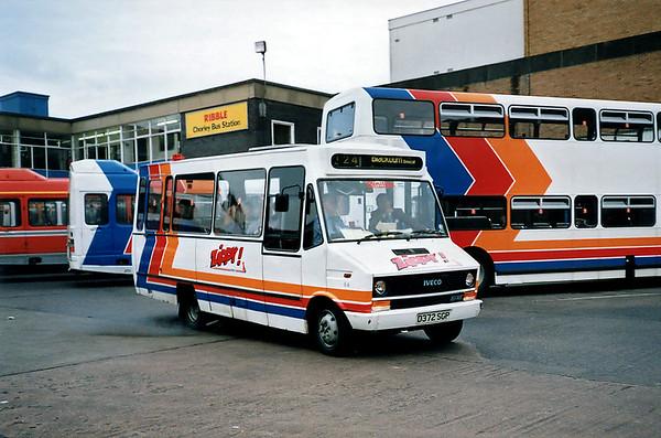 064 D372SGP, Chorley 29/6/1991