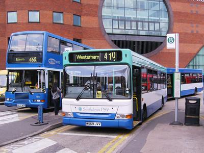 Southdown PSV 569 (W569JVV), Metrobus , Redhill, 11th August 2007