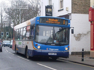 Stagecoach 31354 (P354JND), Rugby, 29th December 2009
