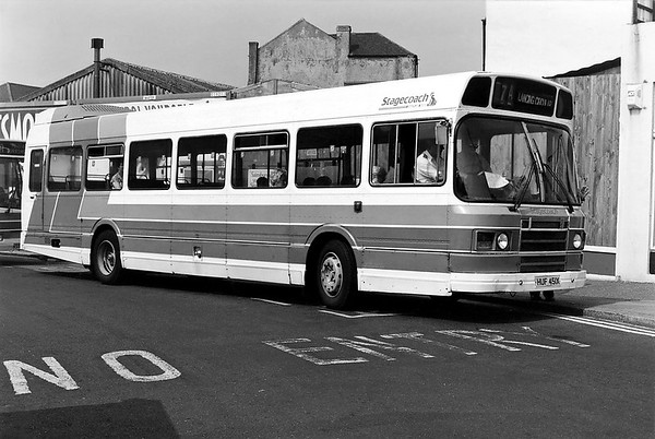 134 HUF451X, Worthing 13/7/1994