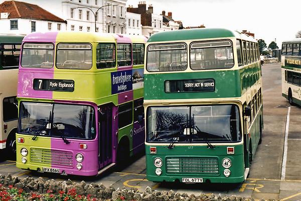 677 FDL677V and 658 UFX658S, Ryde 5/4/1995