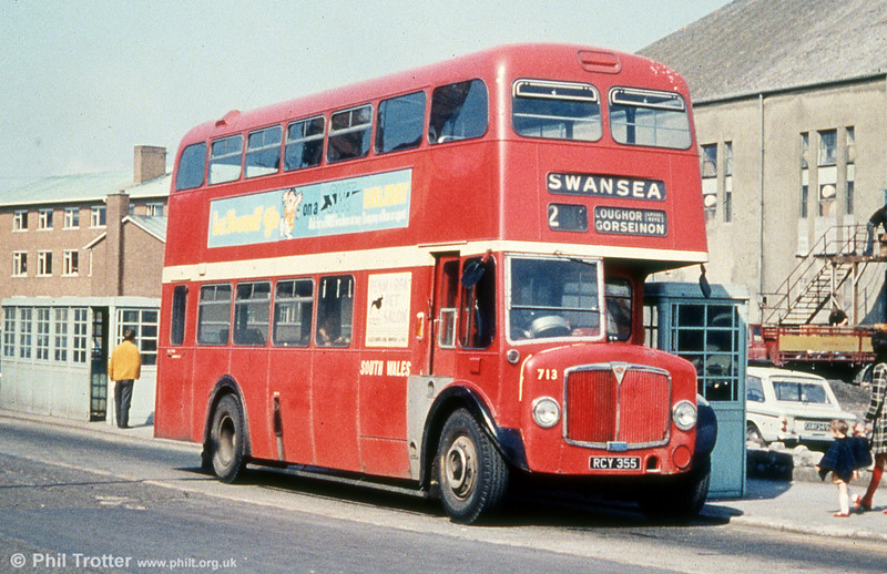 713 (RCY 355), an AEC Regent V/Weymann H39/32F at Llanelli. The bus displays the larger style fleetnames fitted to early repaints in this livery.
