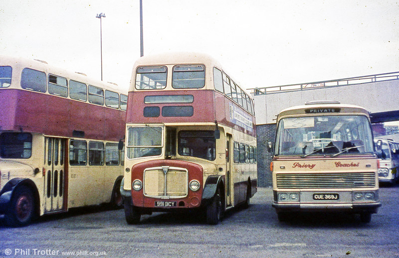 Withdrawn in 1971,  556 (991 BCY), a 1962 AEC Regent V/Willowbrook H39/32F passed to Priory, Leamington Spa in 1972.
