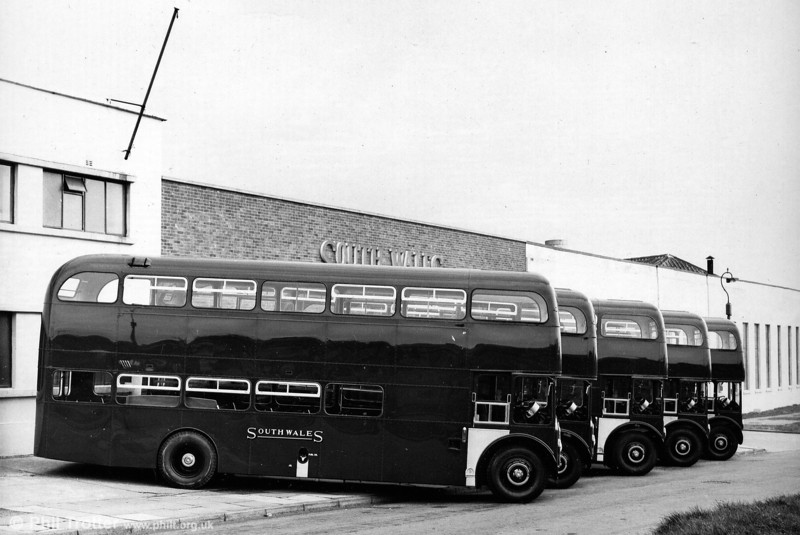 A line-up of new AEC Renown/Park Royal H39/32F at Ravenhill.